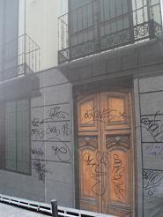 Al socaire: Encontrada una solución definitiva para las pintadas en monumentos nacionales