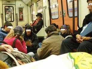 Al socaire: Algunos vagones de Metro habilitados como casinos