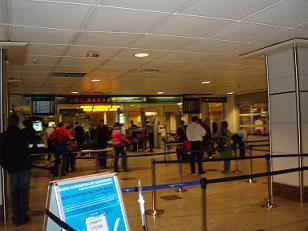 Al pairo: Los controles de seguridad de los aeropuertos aumentan el riesgo de infarto del viajero no terrorista